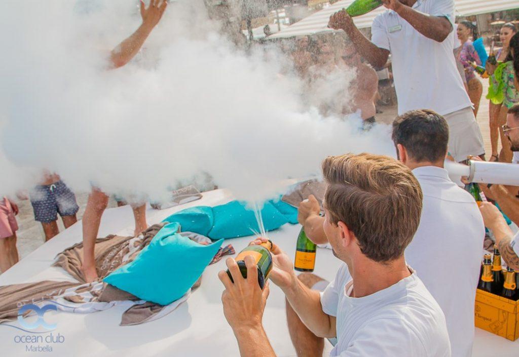 Ocean Club Champagne Party 2 1024x705 - Ocean Club